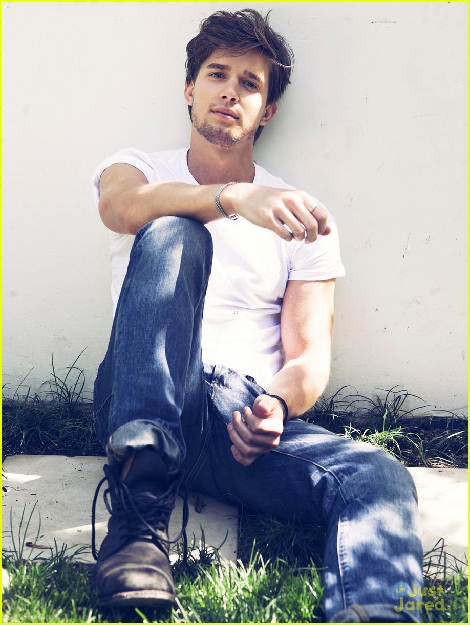 Forbidden World Drew-van-acker-pll-tonight-pll-59351448